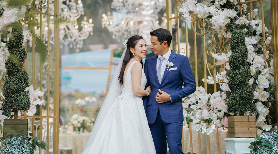 Of Elegance and Grace: Yna Almoro and Alex Isip Marry in a Beautiful Garden Wedding